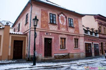 Kutna-Hora-Facade-baroque-rue-Žižkova-brána