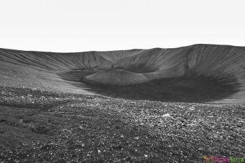 Islande - Lac Myvatn - cratère Hverfjall