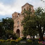 equateur-cuenca-cathedrale-moderne