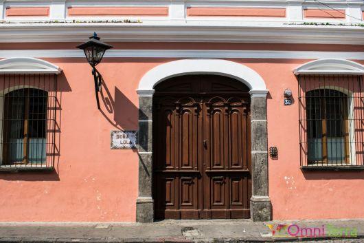 Guatemala - Antigua - Facade