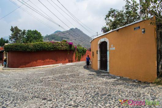 Guatemala - Antigua - rue (5)