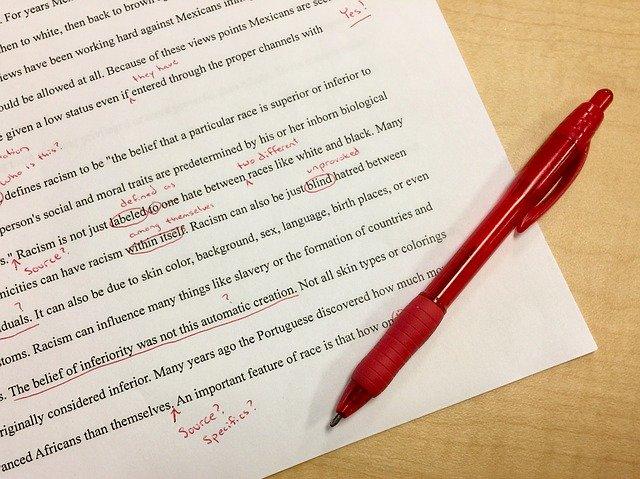 赤ペンで添削