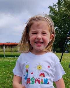 Tshirts para Crianças - O Mundo da Zingarela - Yasmin