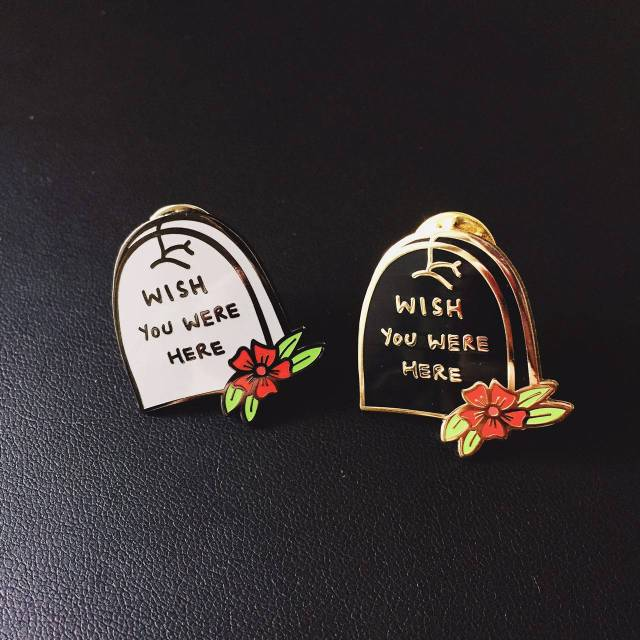 Wish you were here pin's dead halloween - creepy - tombes - cimetière