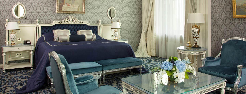 Room at the Radisson Royal