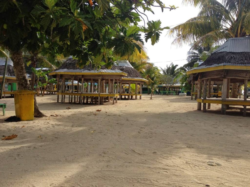 longest birthday with Fales, traditional accommodation in Samoa
