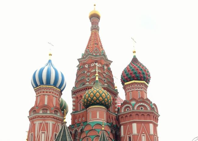 Moscow St. Basel's Church Feature image