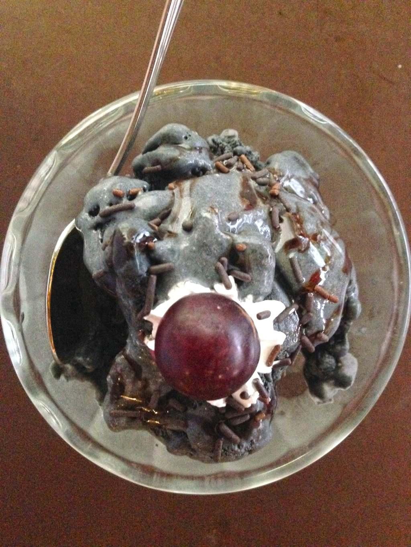 Charcoal ice cream