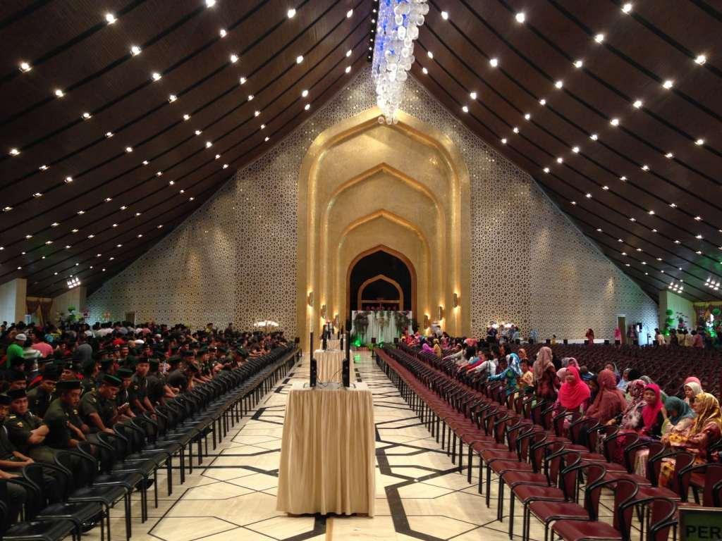 """""""Inside Nurul Istana"""""""