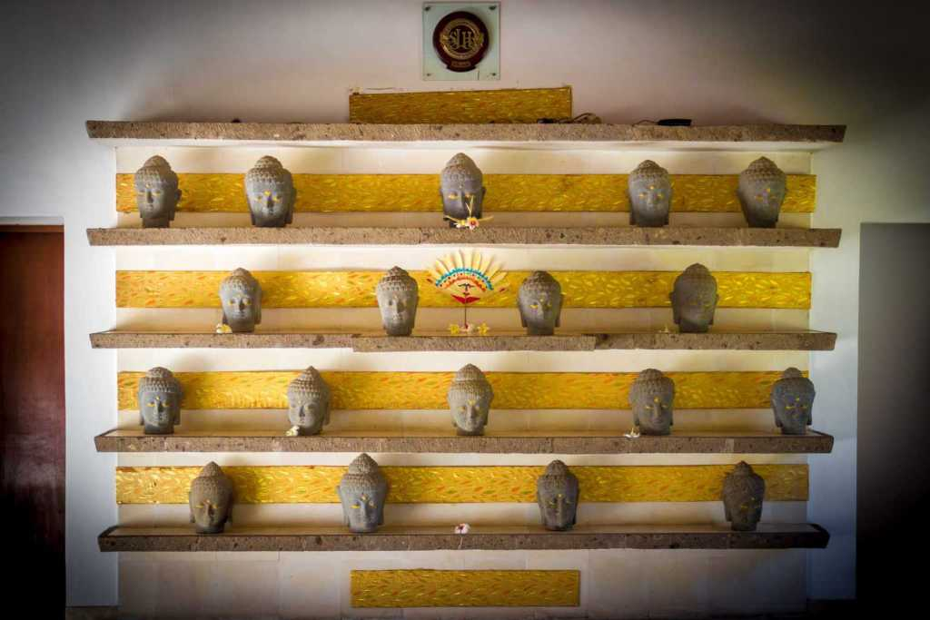 Spa Village Tembok Reception