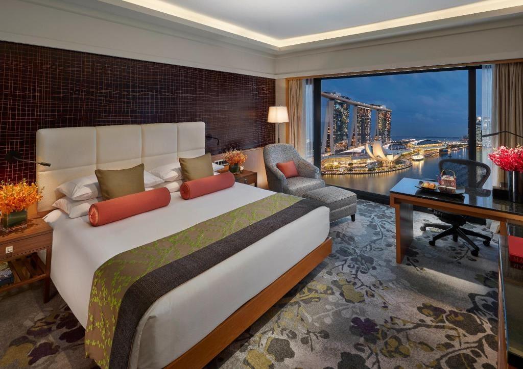 Mandarin Oriental Singapore Suite