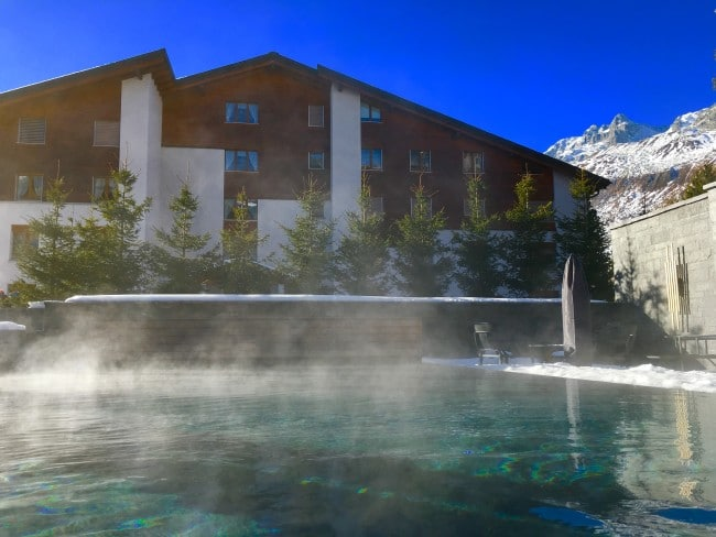 Chedi Andermatt pool