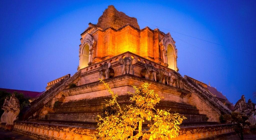 things to do in Chiang Mai Wat Chedi Luang