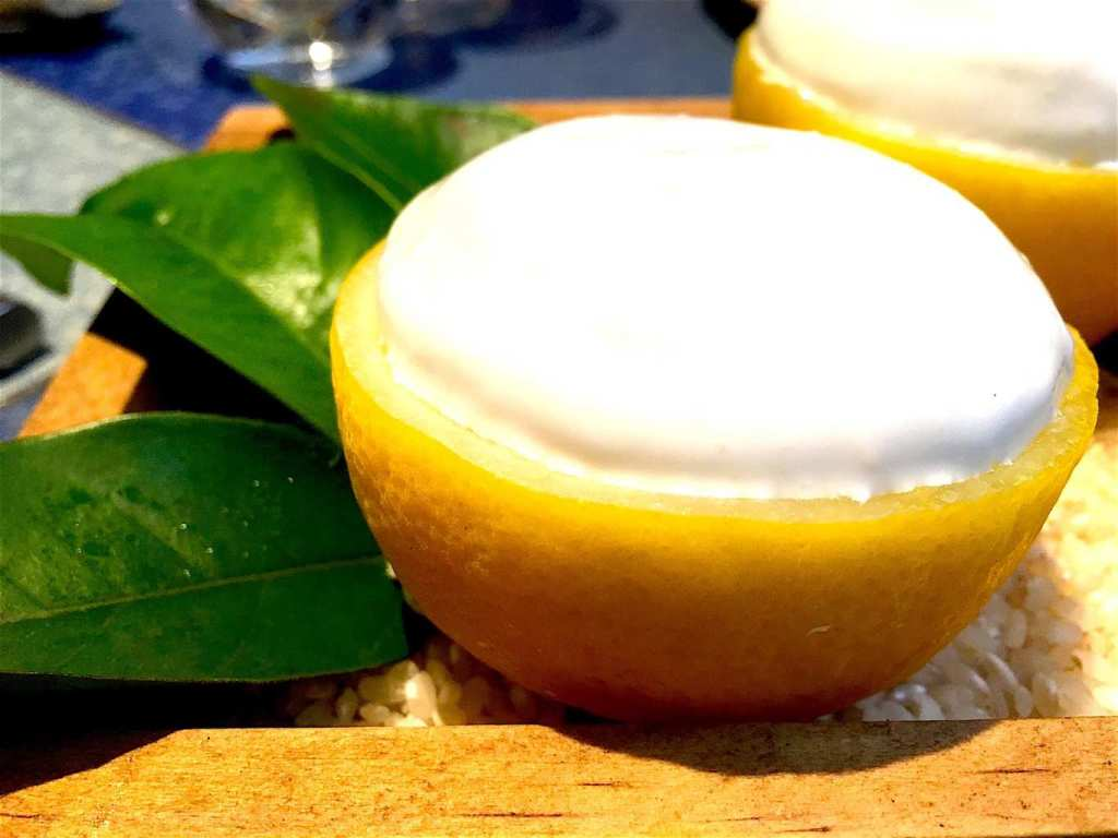 Mango sorbet with coconut