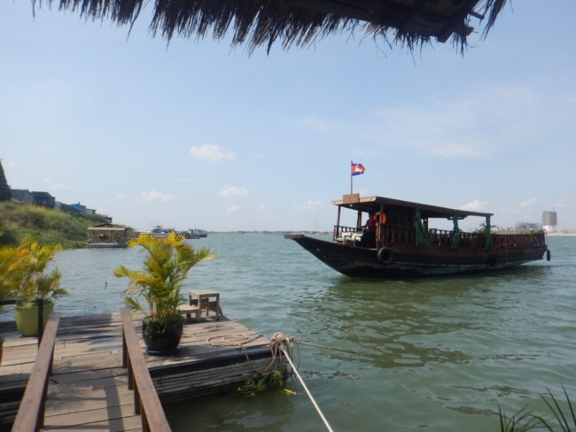 'Le Tonle boat coming to retrieve us at the Mekong Floating Bungalow""