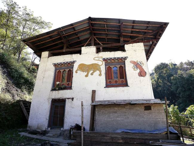 """House paintings in Bhutan'"