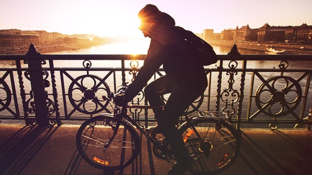Cycling to burn off calories when traveling