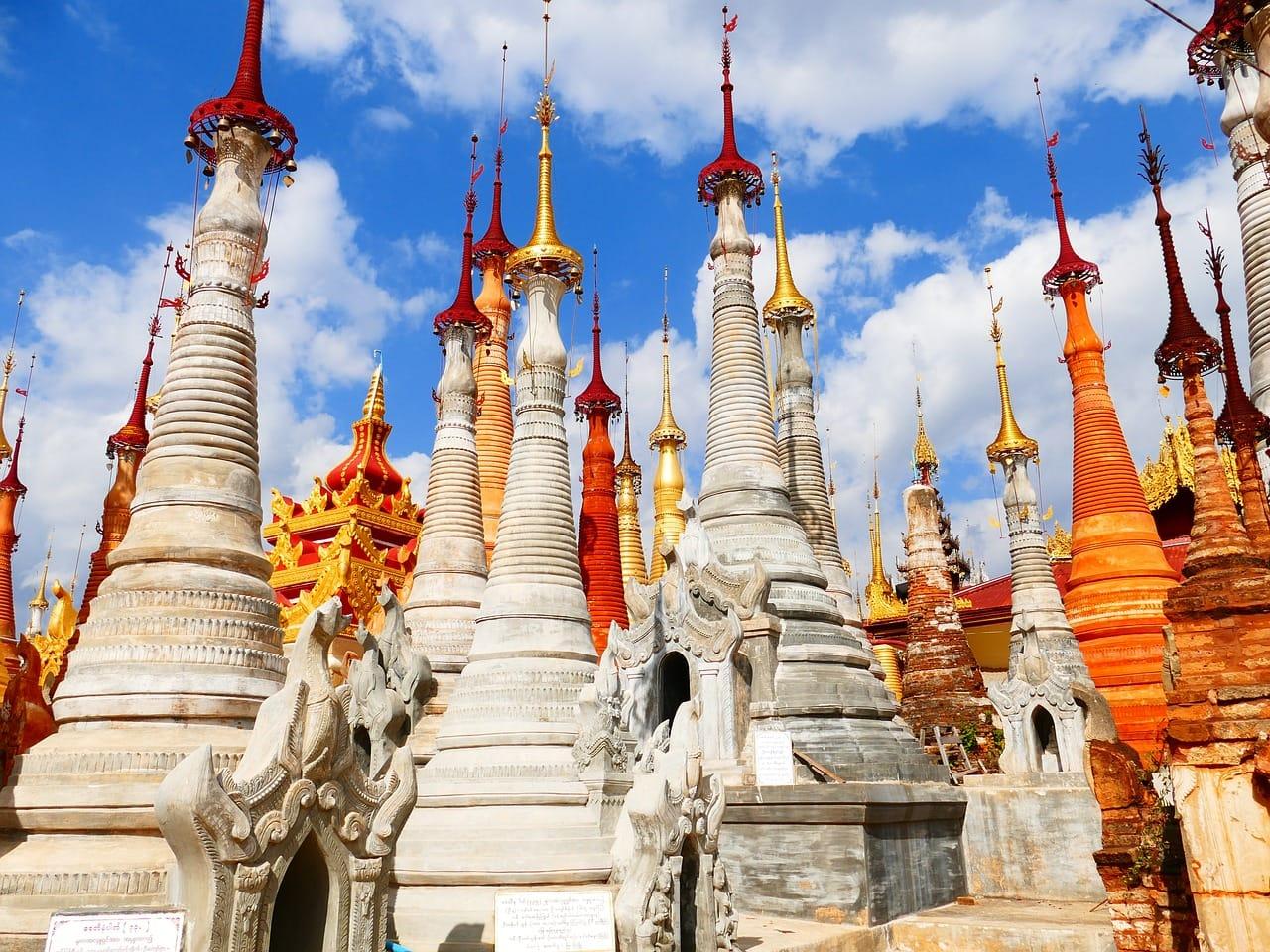 In Dein Stupas