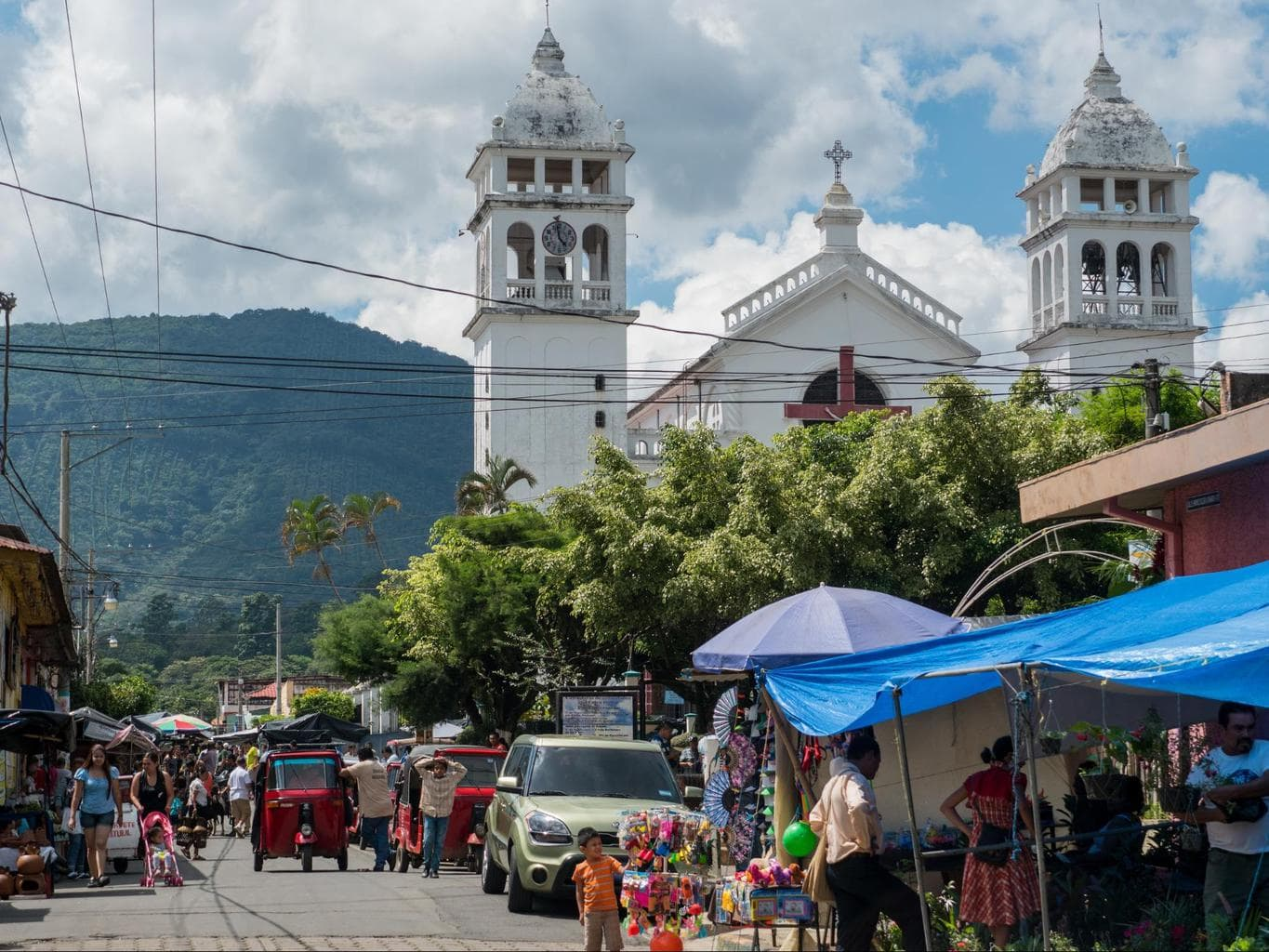 Weekend Food Fair in Juayua