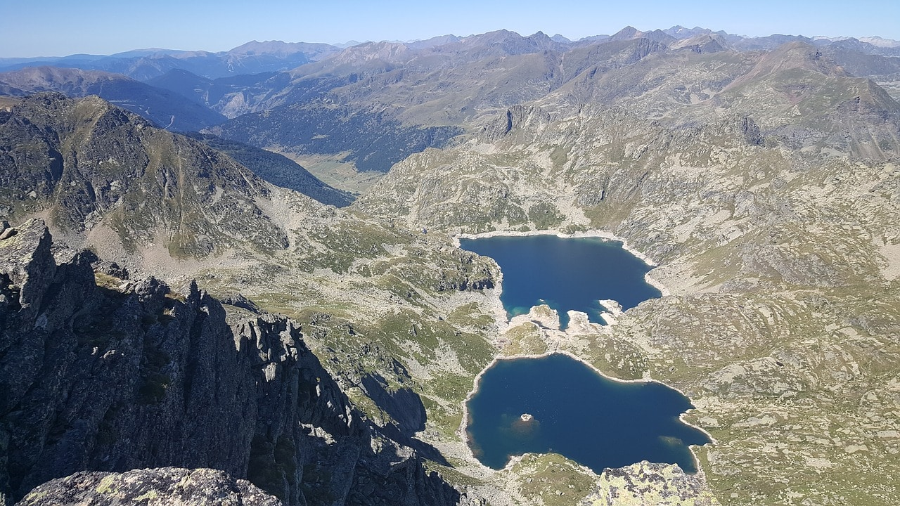 """Andorra mountains and lakes"""