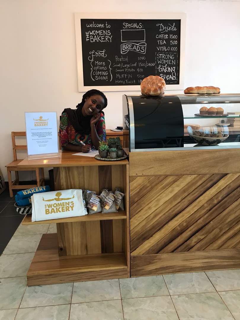 The Women's bakery flagship store counter