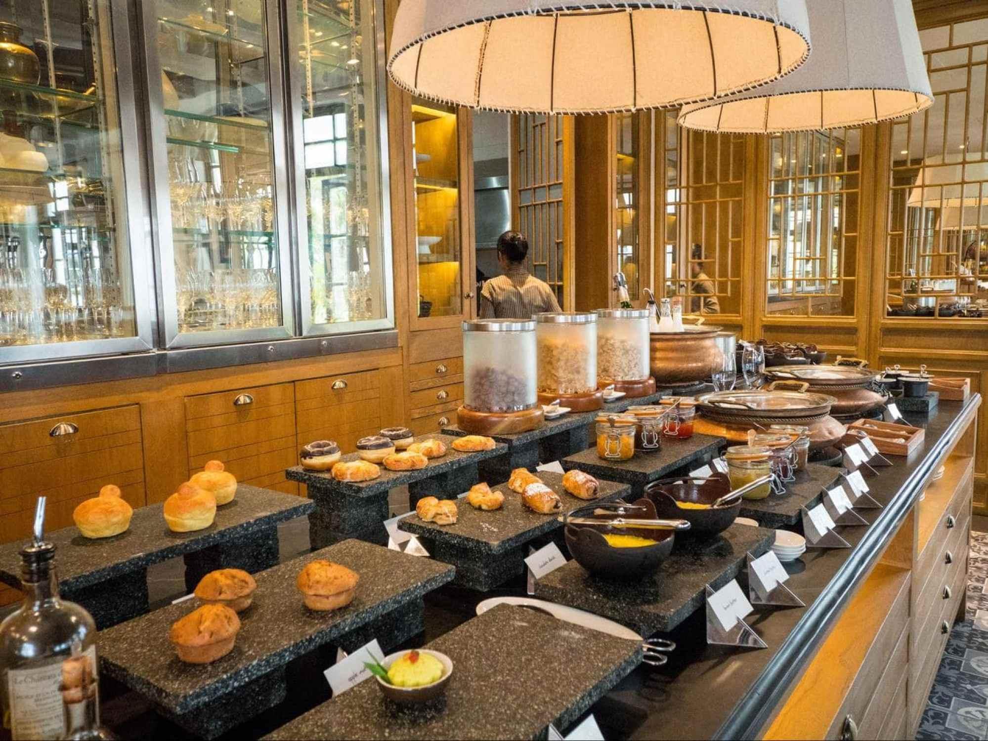The breakfast buffet at The Sanchaya