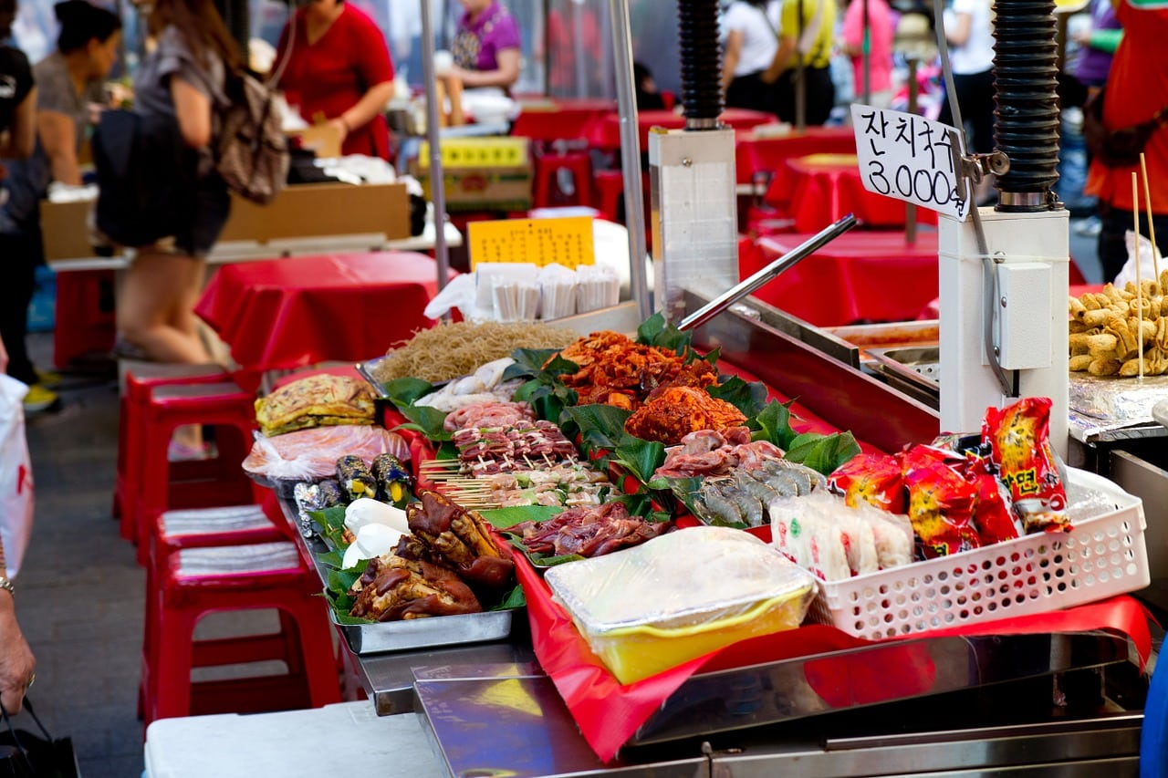 More street food at Namdaemun Market