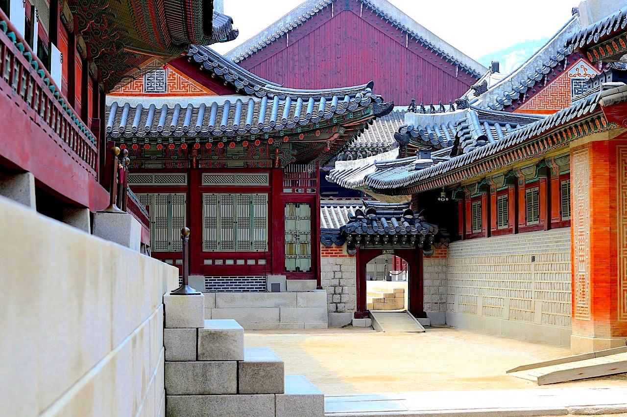 The Corridors of Gyeongbok Palace