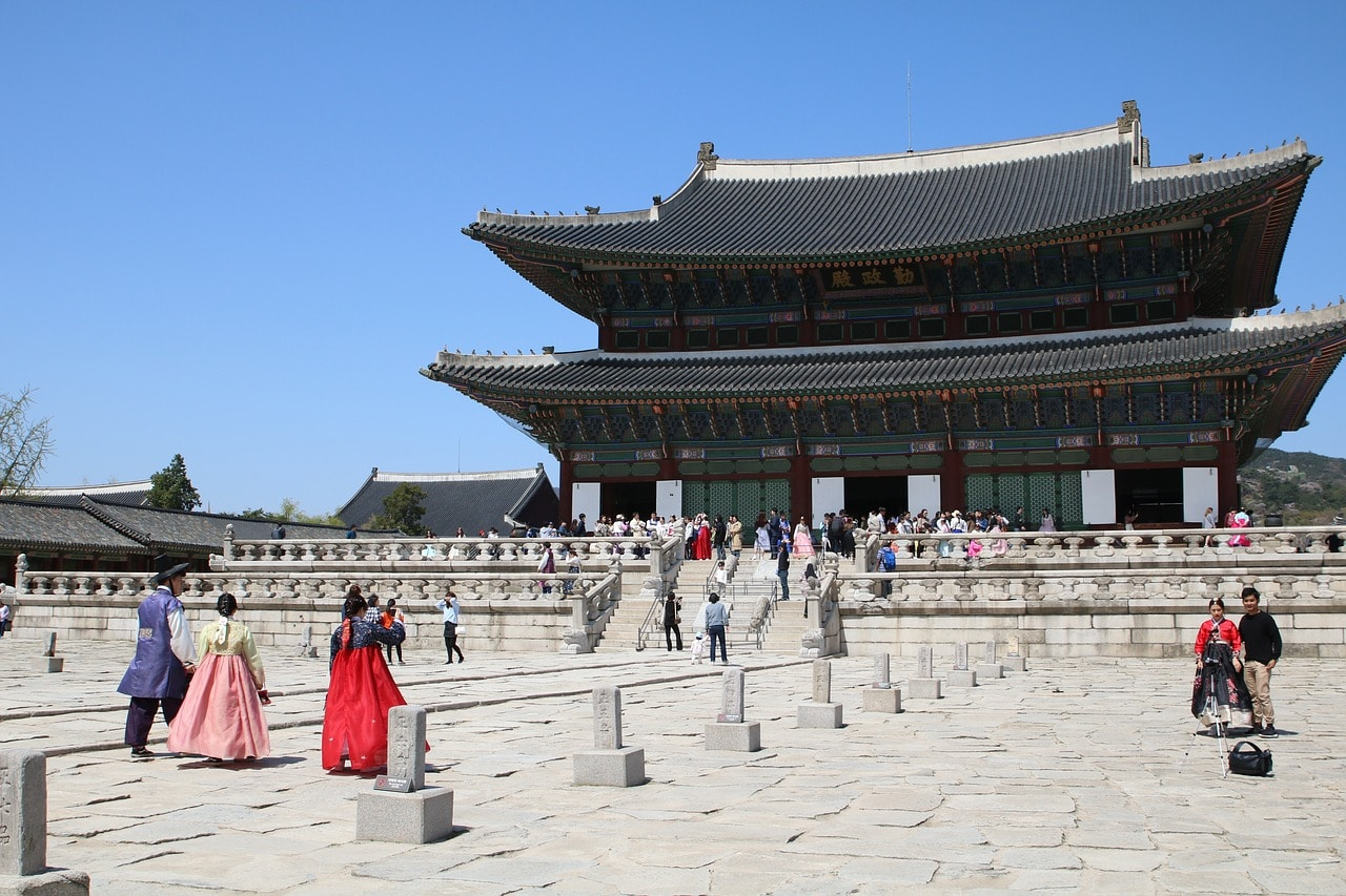Wearing Hanbok at Gyeongbok Palace