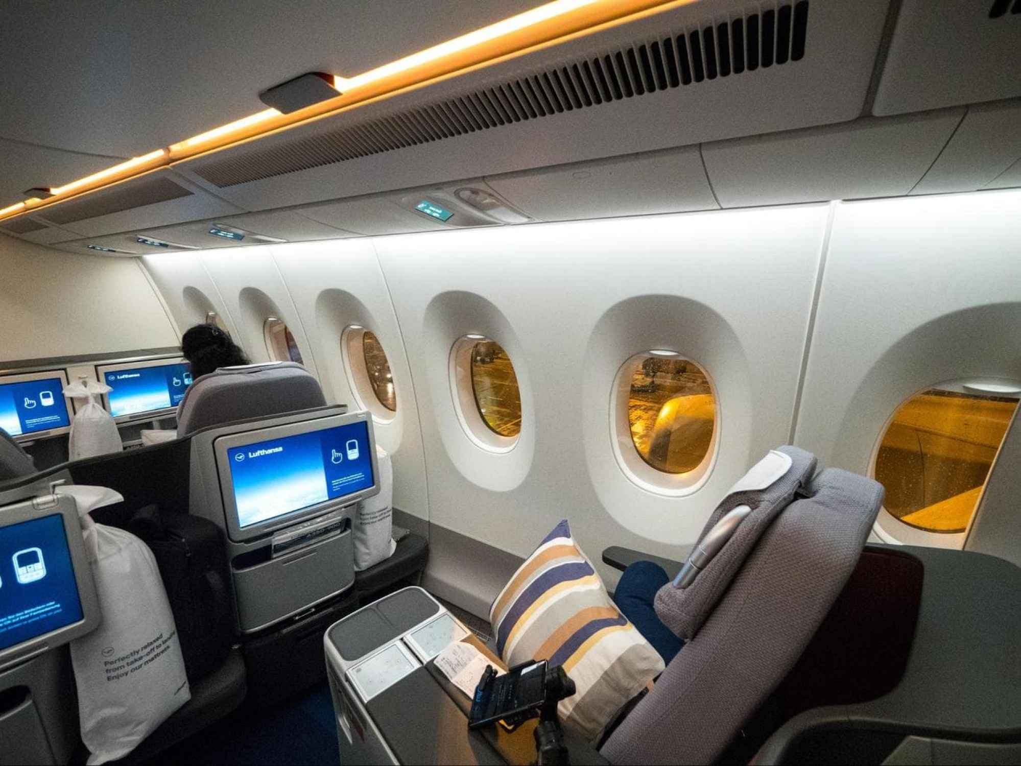 The last two rows of Business Class on Lufthansa A350 in a separate semi-cabin