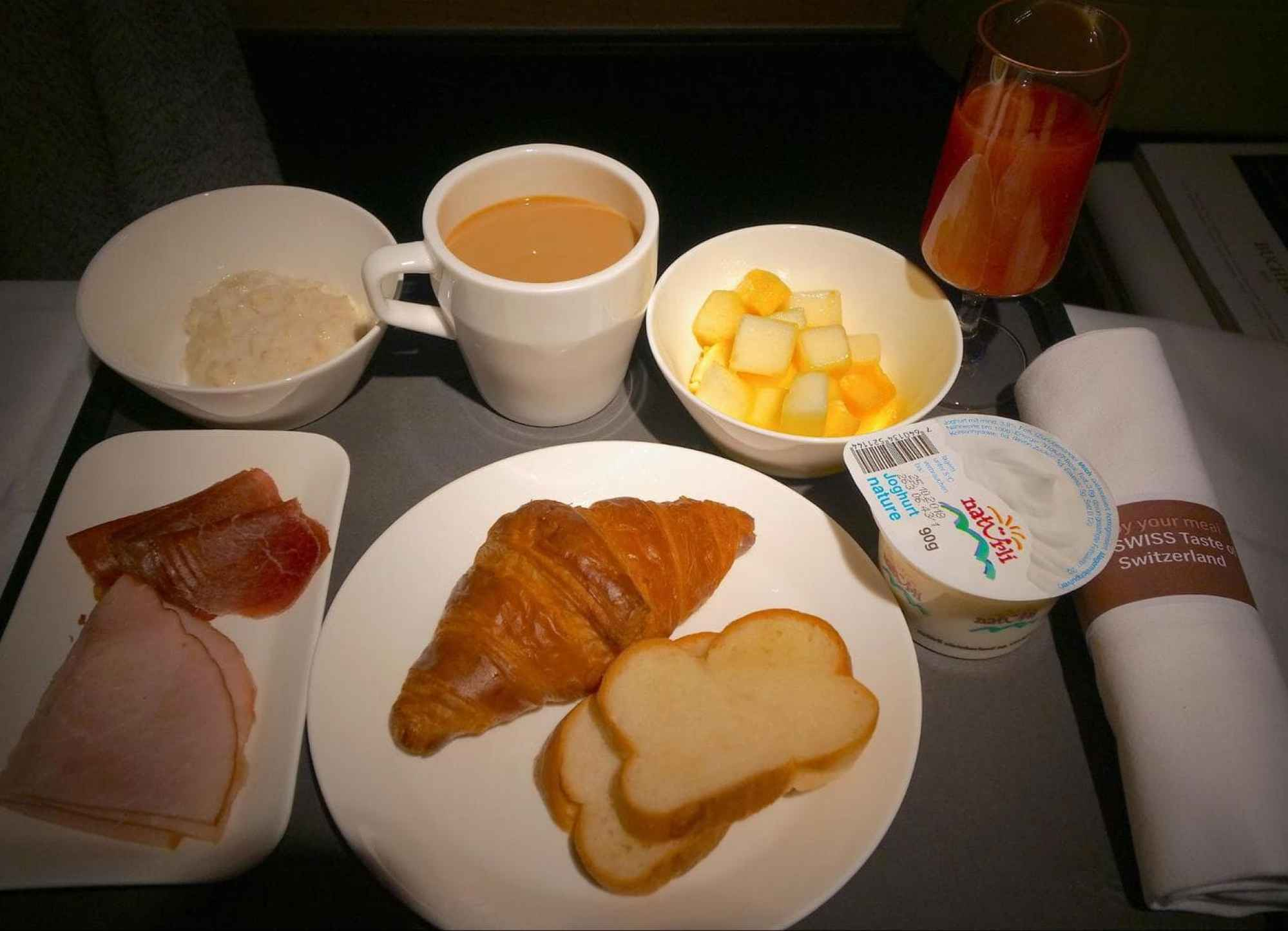 Breakfast on Swiss Business Class 03