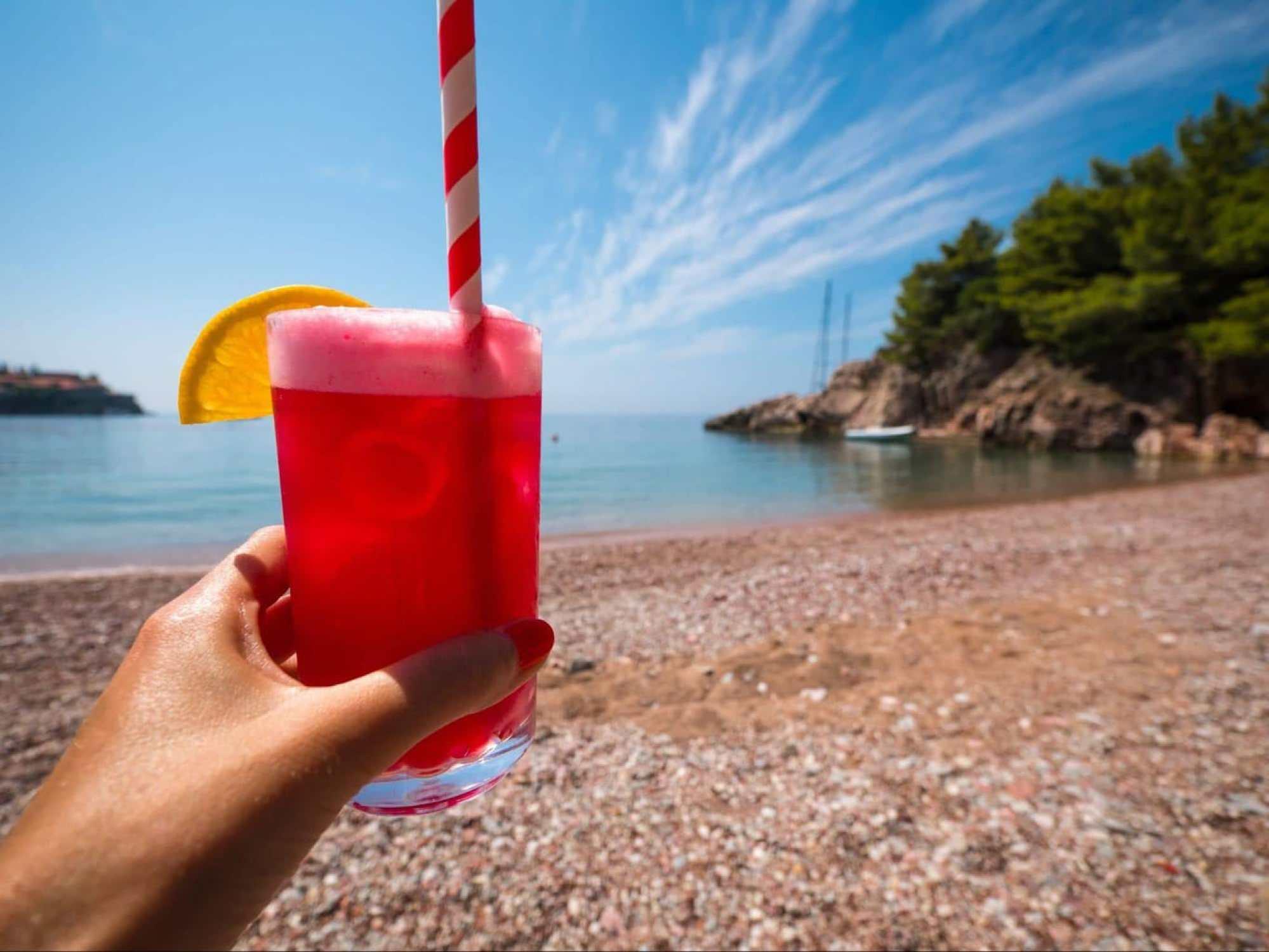 Drinks at Queen's Beach