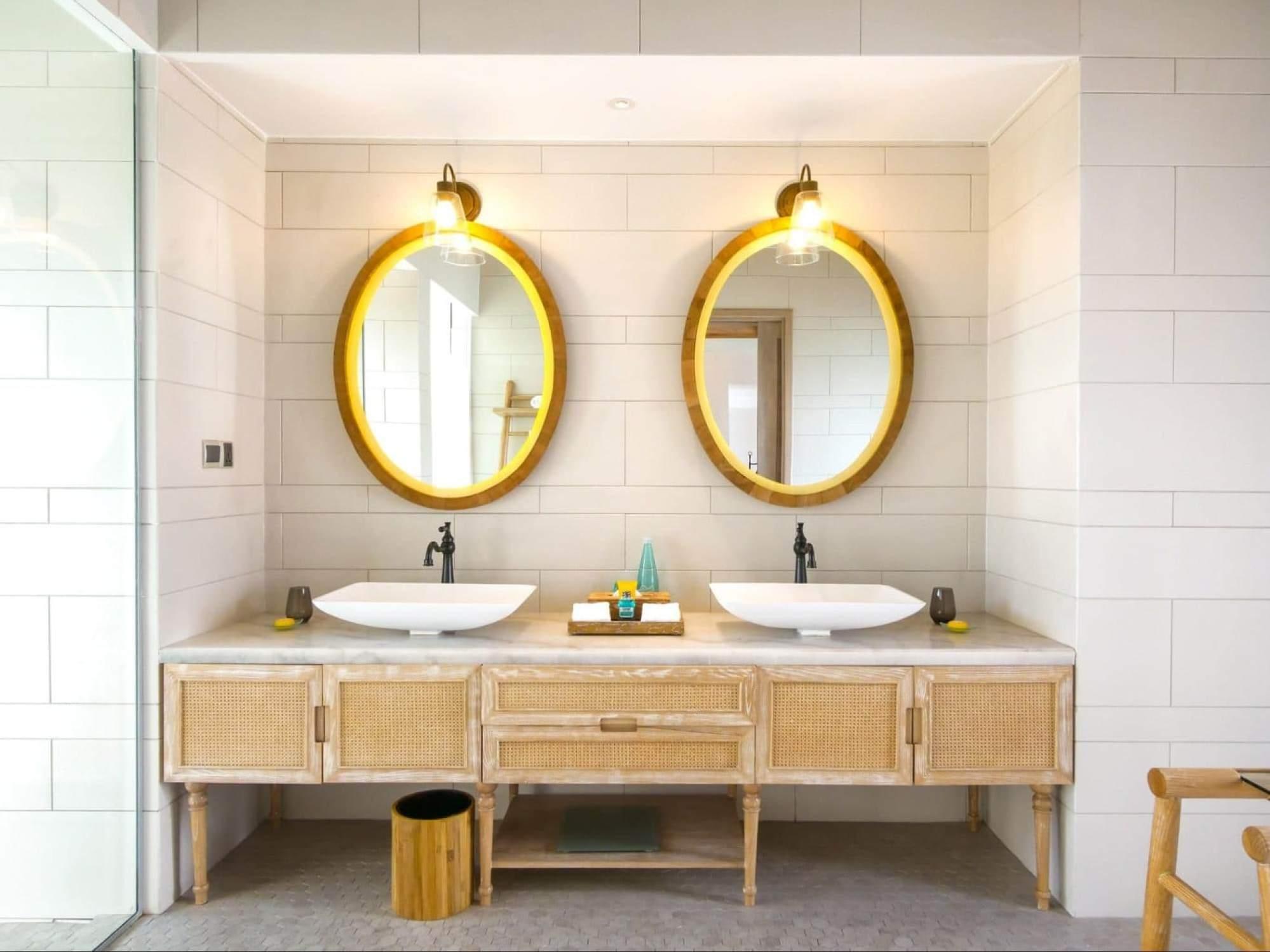 Bathroom at Milaidhoo