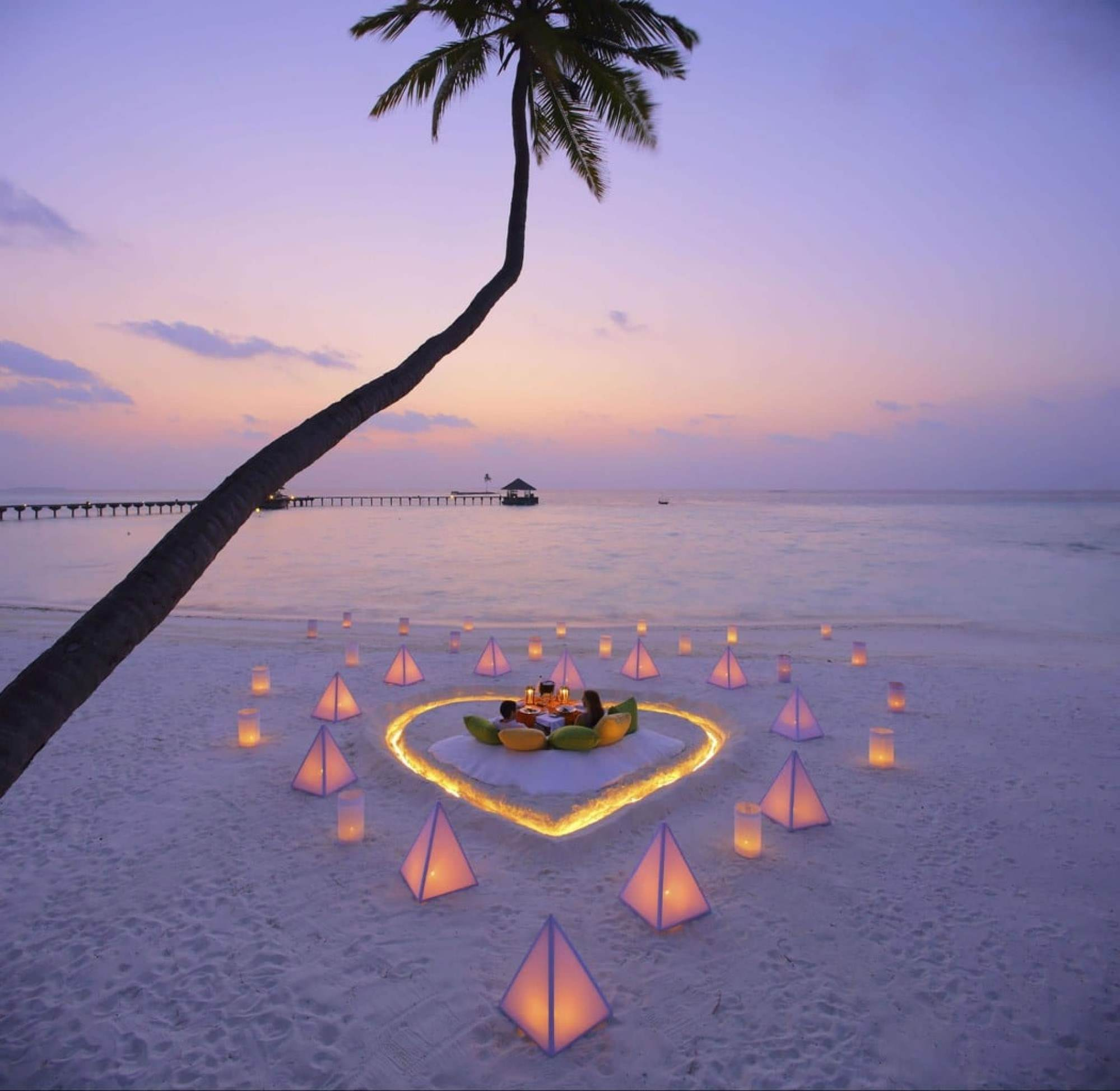 Destination dining on the beach for two - Courtesy of Gili Lankanfushi