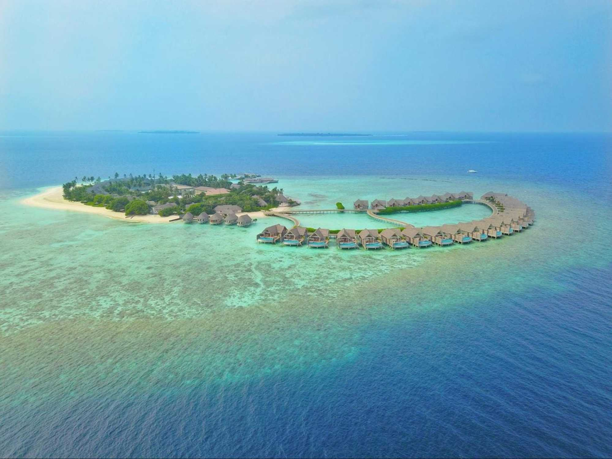 Drone shot of MIlaidhoo at sunset
