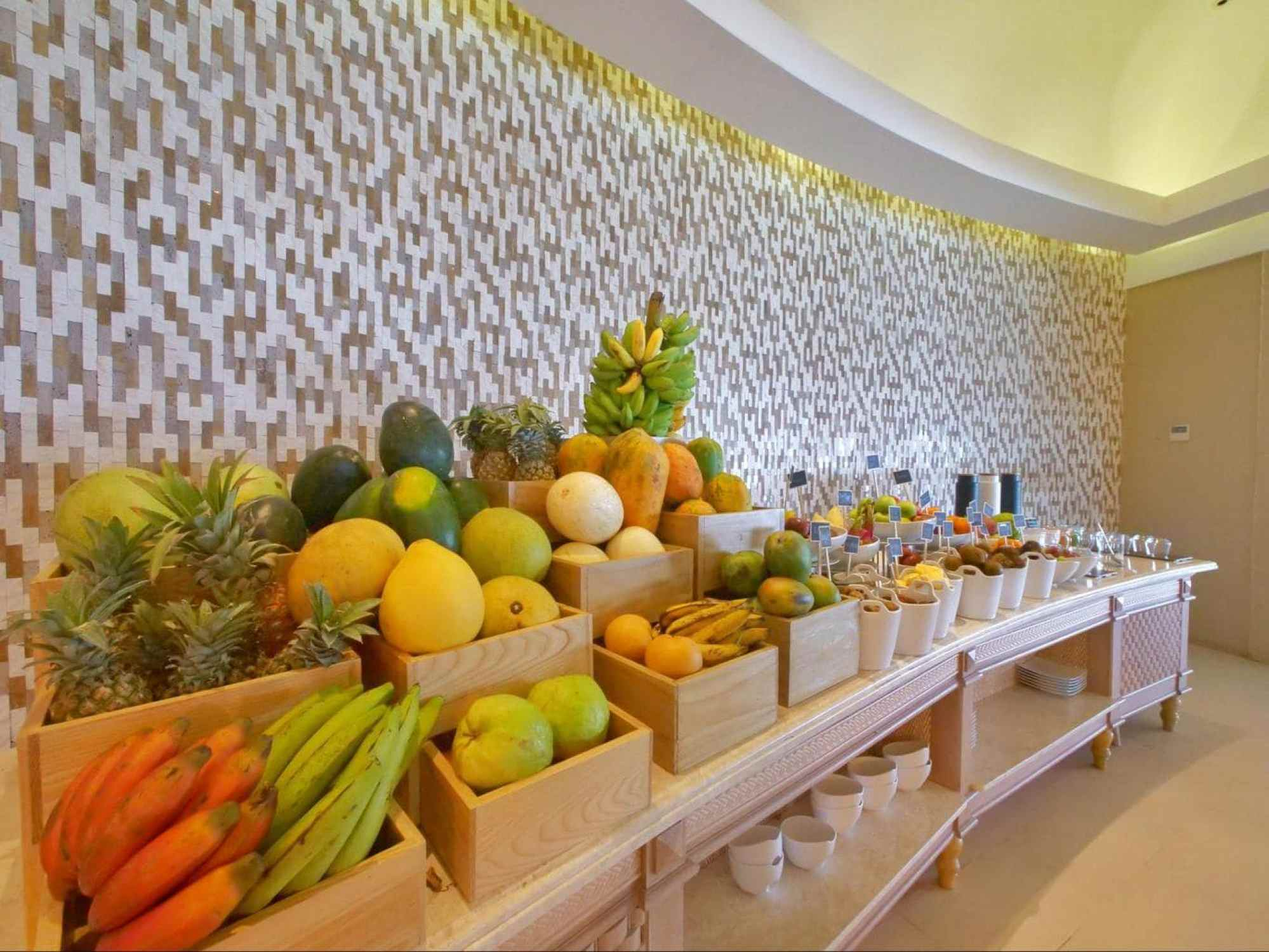 Fruit spread for breakfast at Milaidhoo