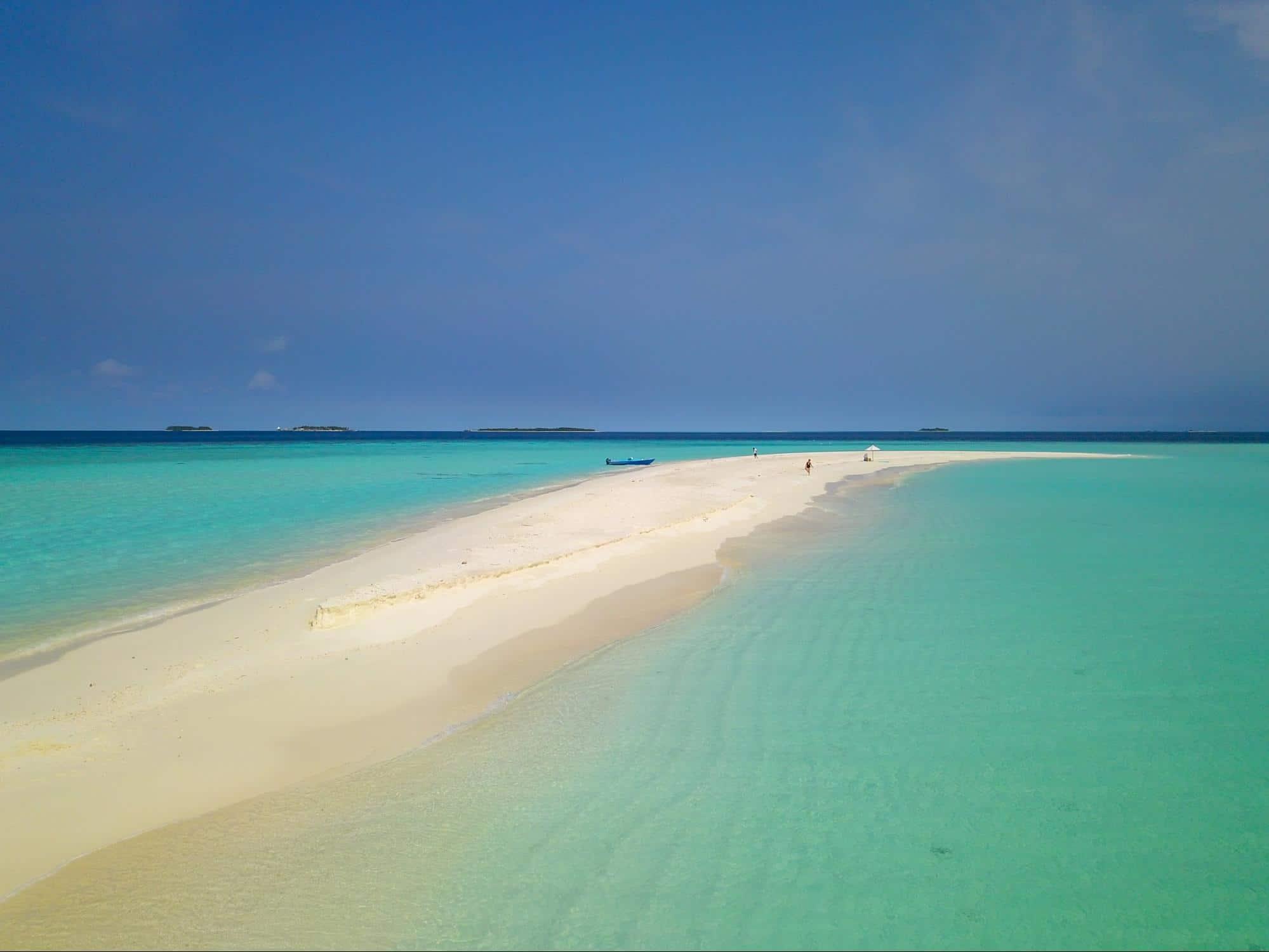 Milaidhoo sandbank stretch