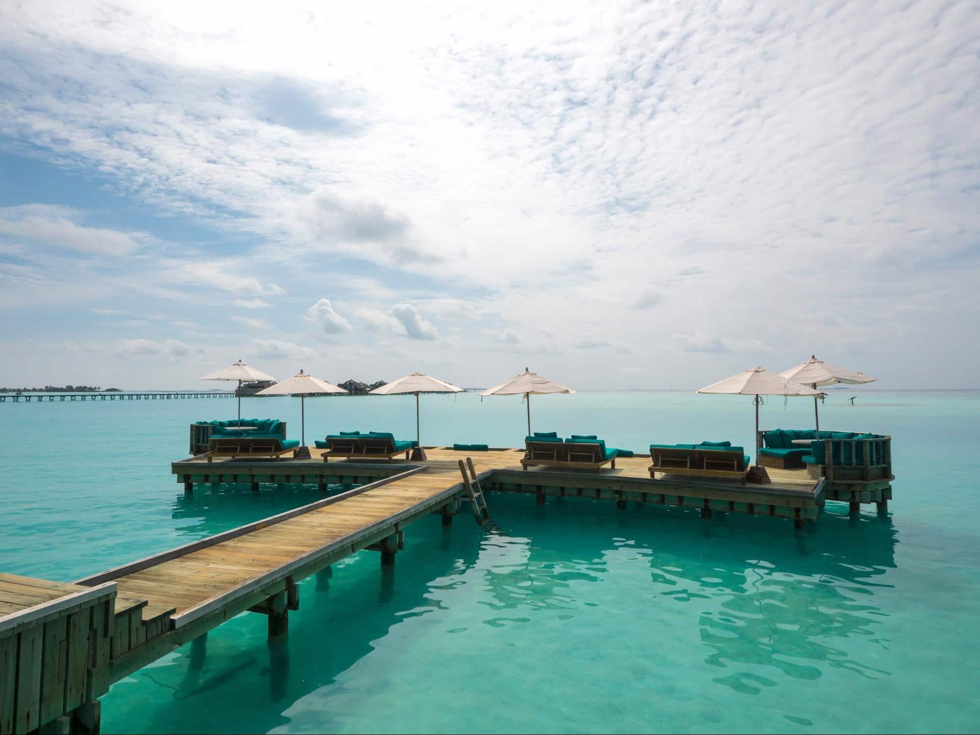 Overwater Bar jetty 01