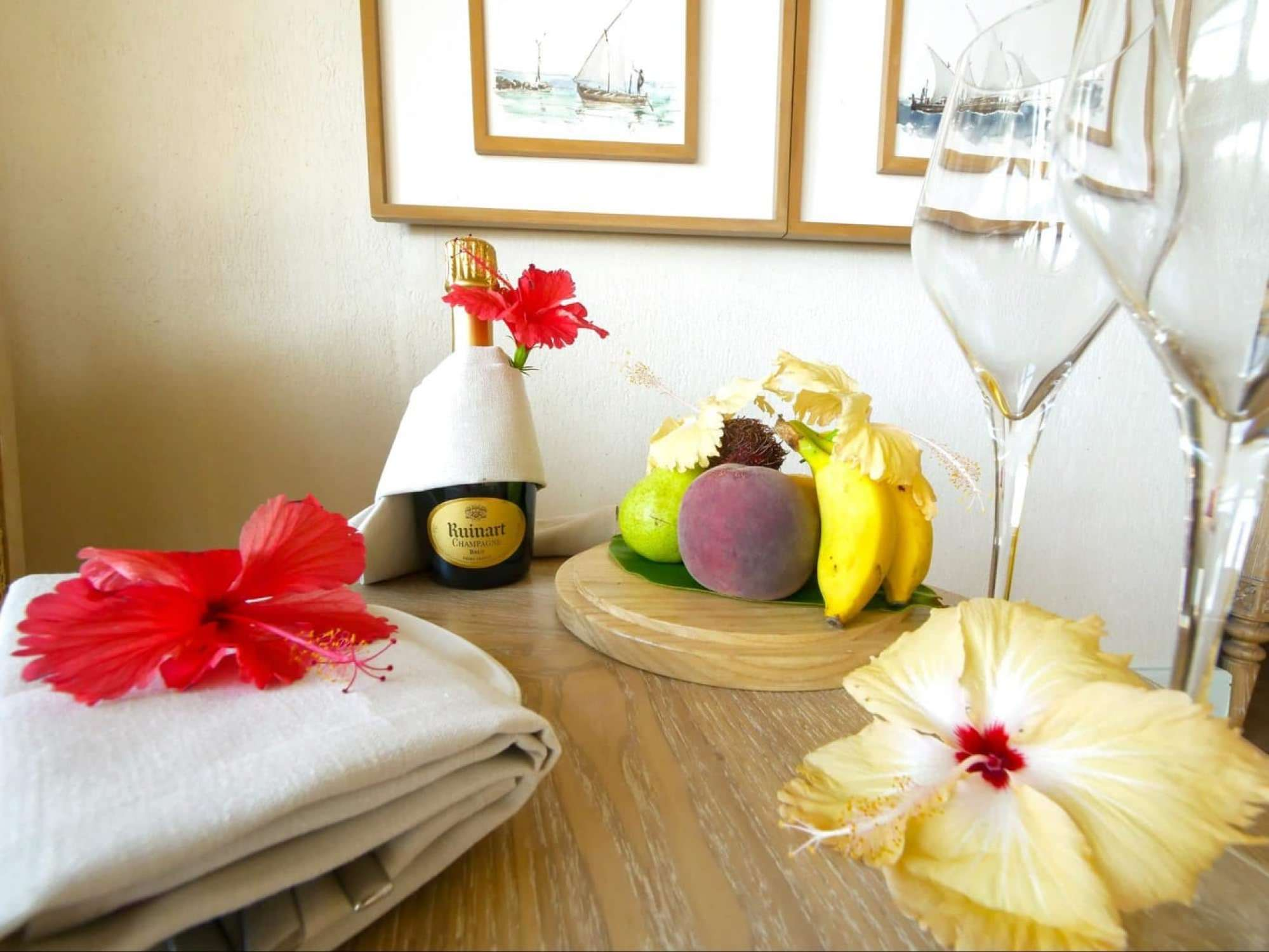Welcome champagne and fruit at Milaidhoo