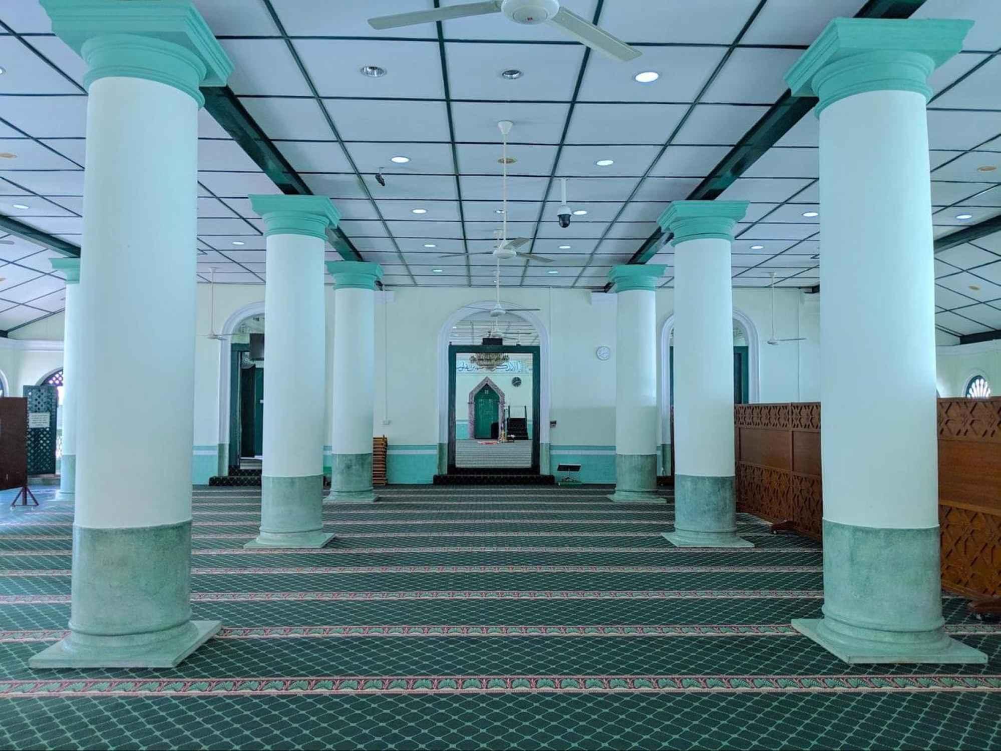 Masjid Jamae interior