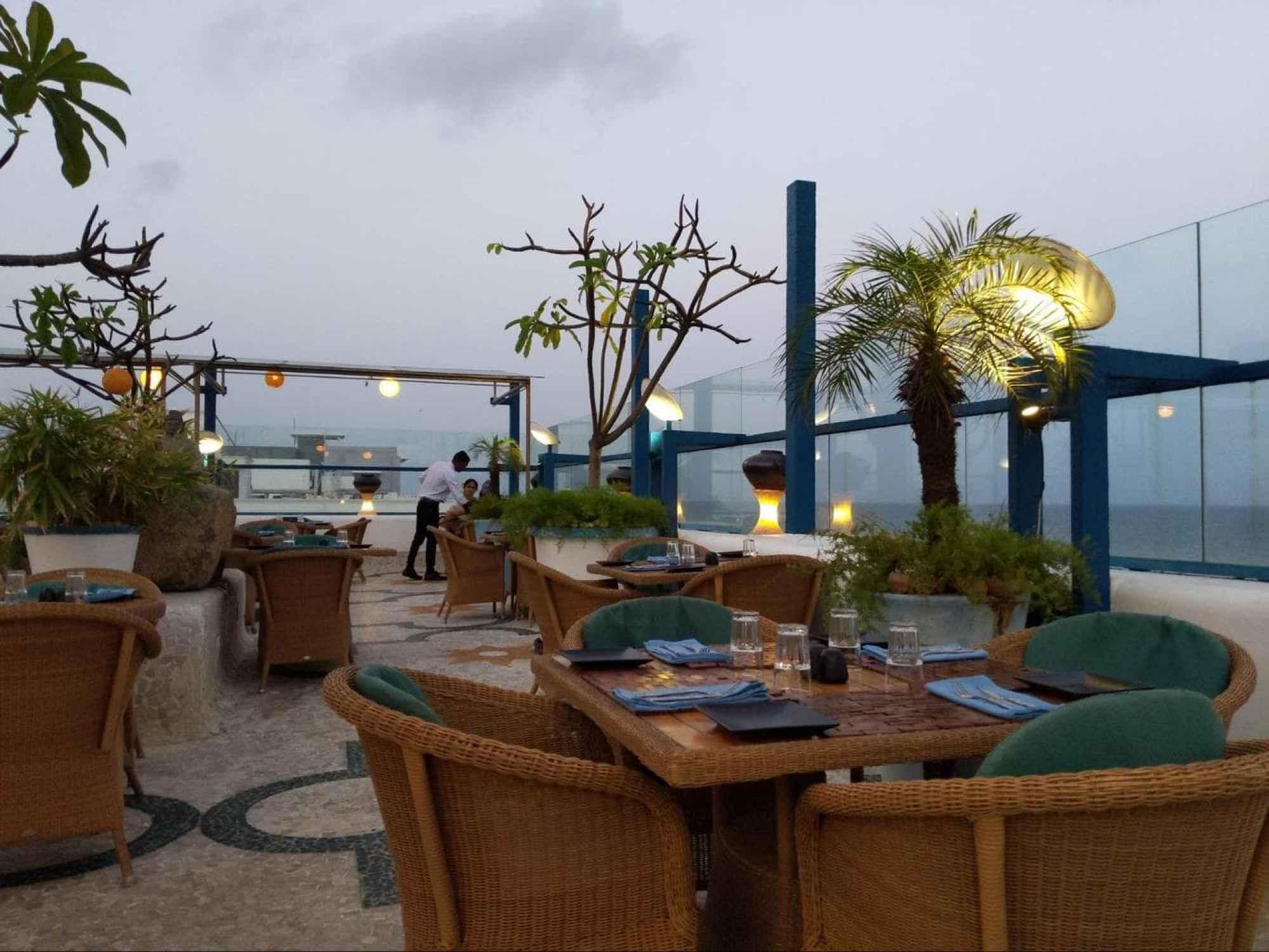 Promenade Hotel rooftop