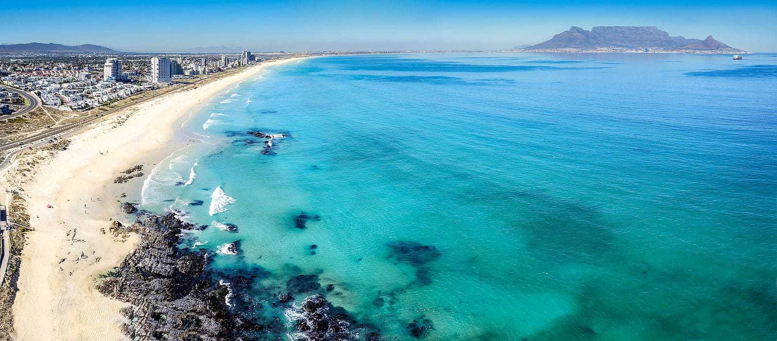 The long stretch that is Bloubergstrand