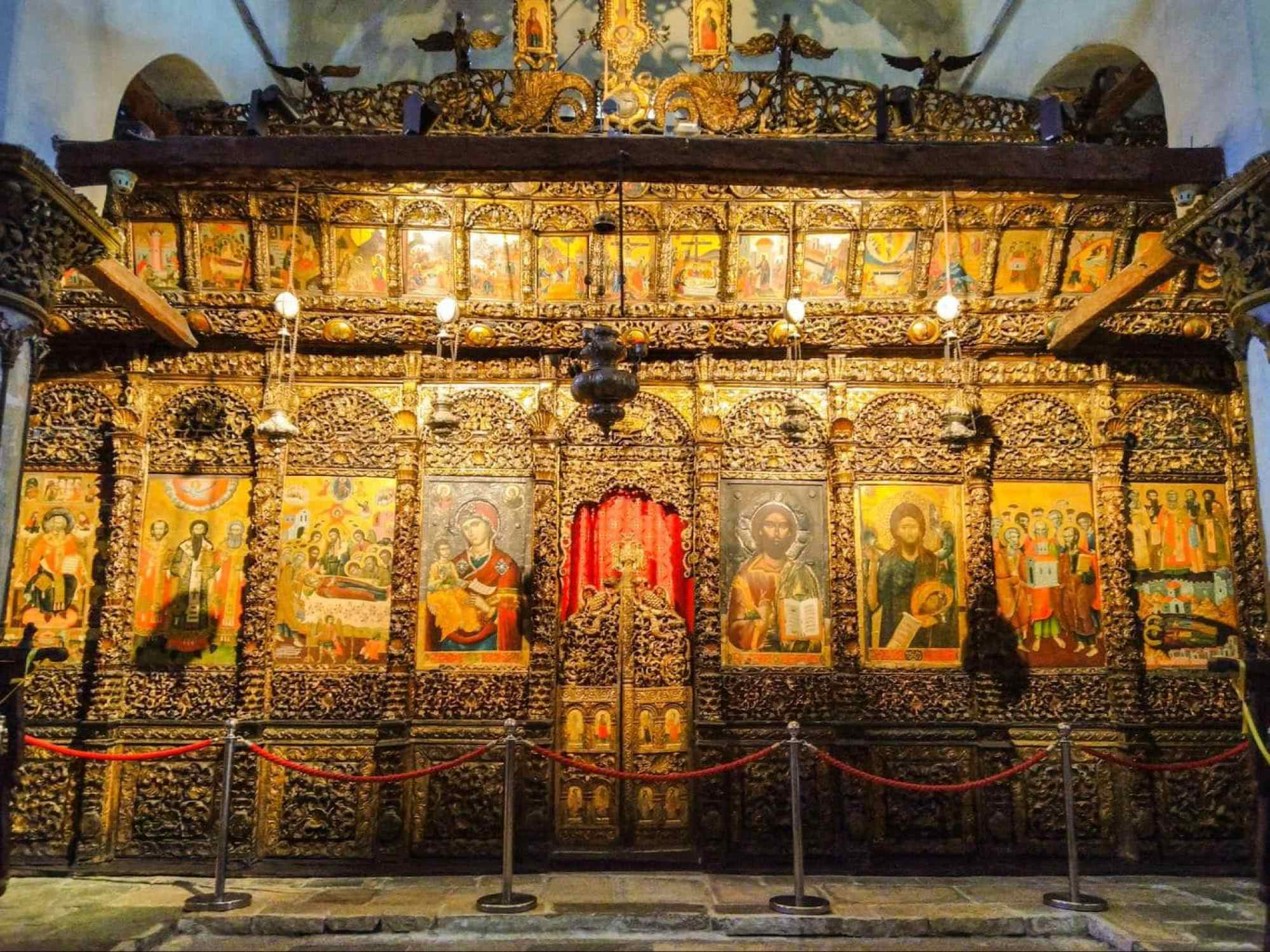 Iconostasis inside the Cathedral of the Assumption of St. Mary in Berat