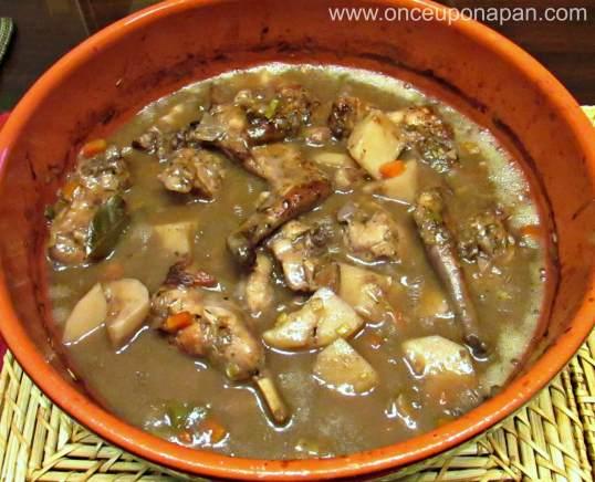 Rabbit stew with Port Wine