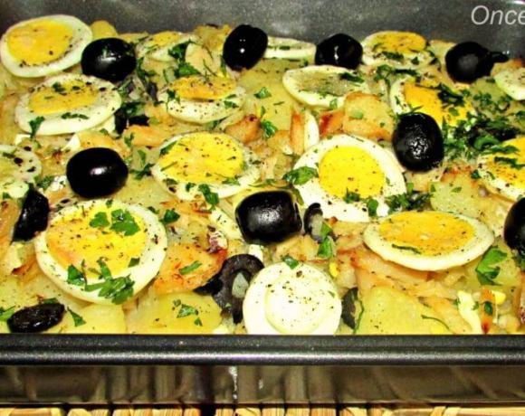 Codfish, potatoes and onion bake – Bacalhau a Gomes de Sa