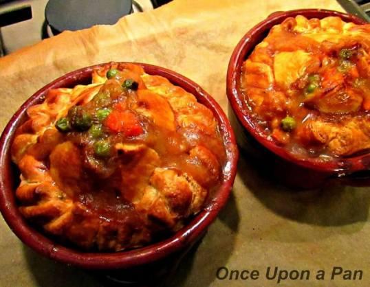 Double crust chicken pot pies