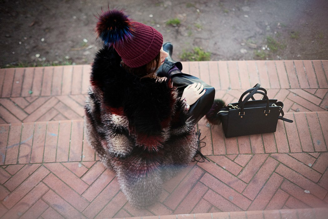 Un cappello con pon-pon, pom-pom beanie, faux fur, Free People, Michael Kors, M Collective