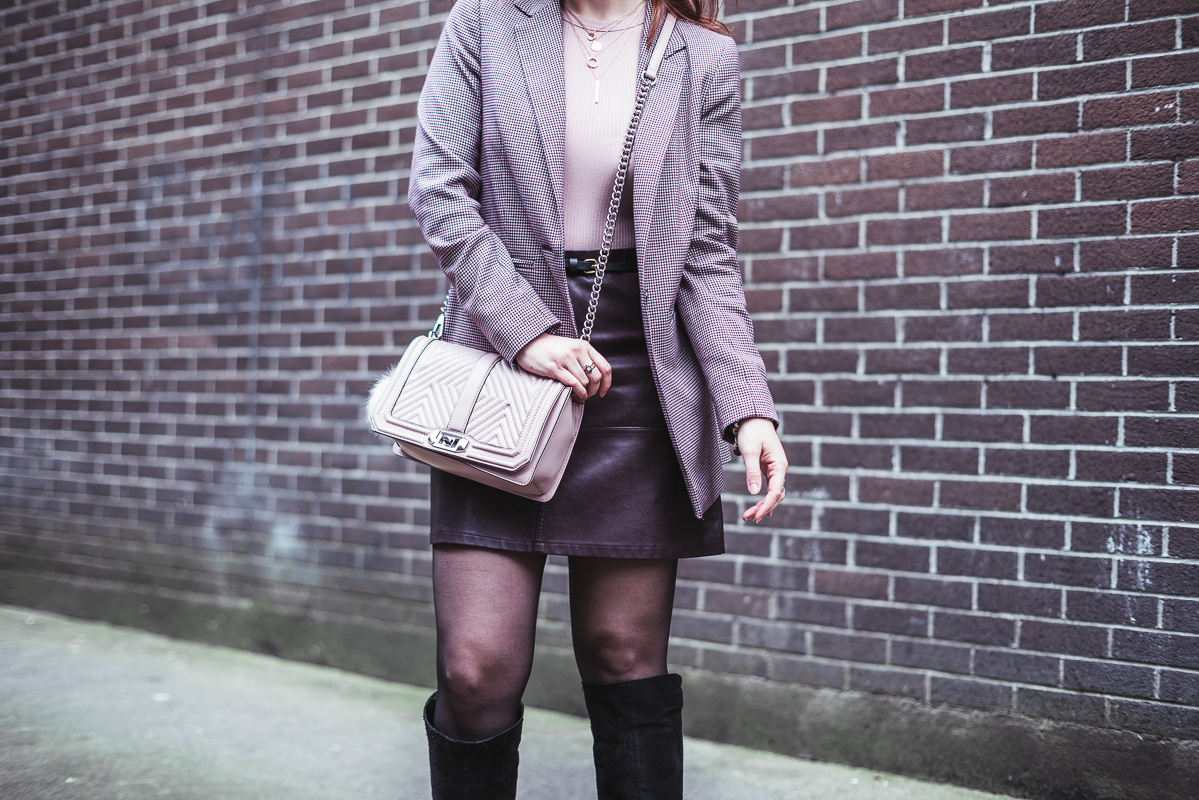 Pinky pied de poule | Office look Once Upon a Time..