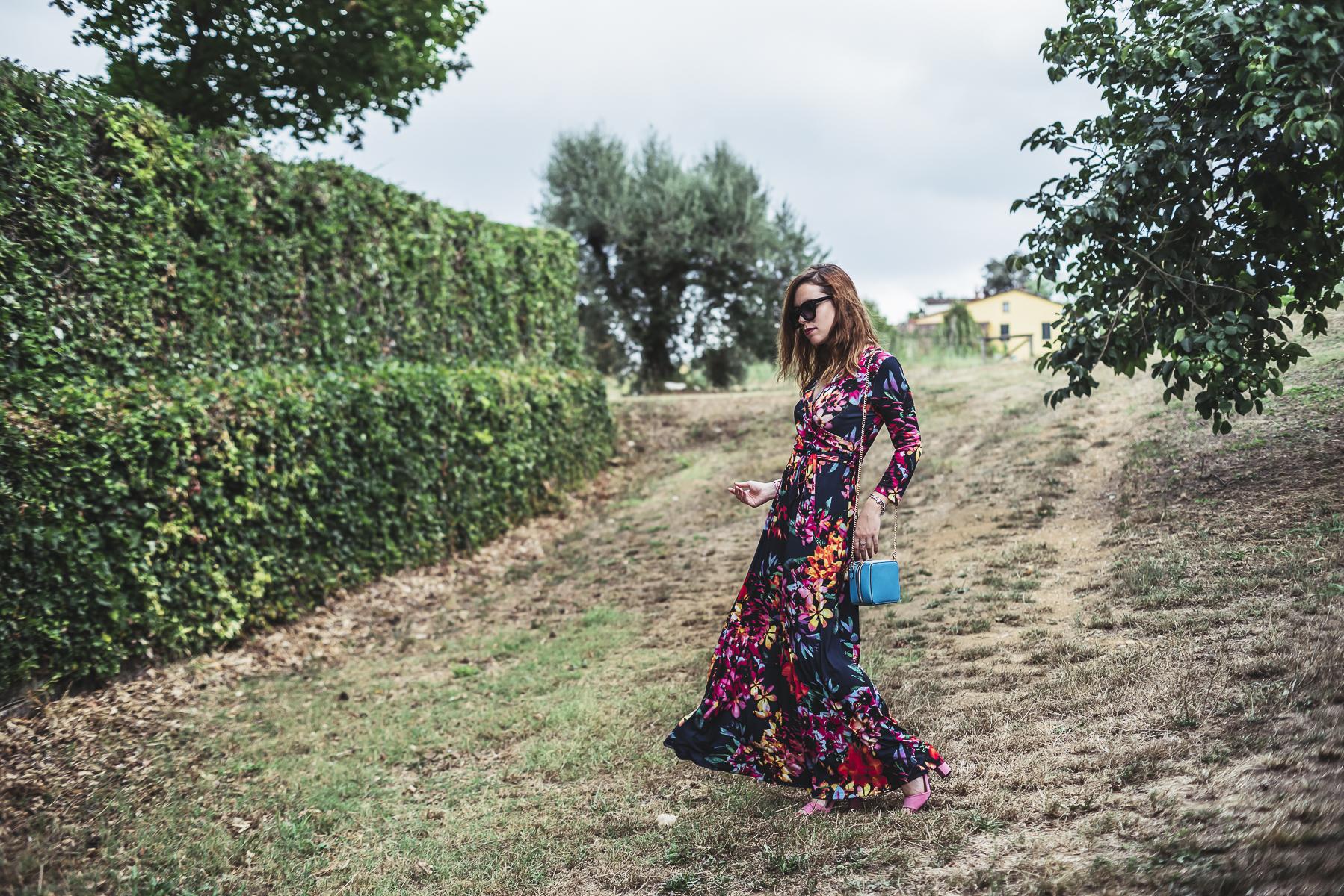 vestito floreale lungo ed estivo - long floral dress for summer