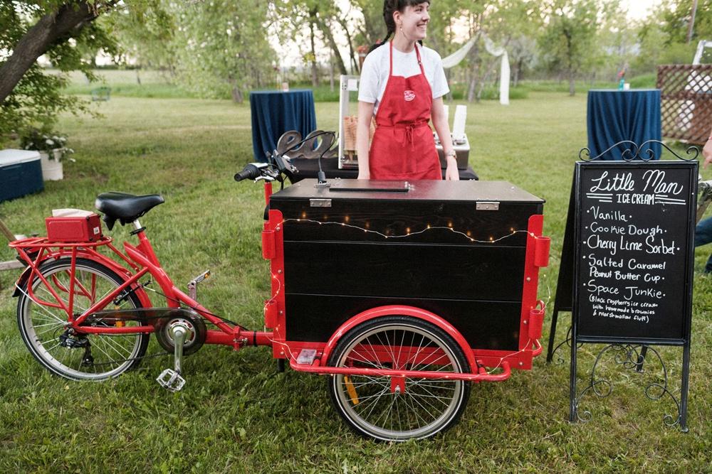 Little Man Ice Cream serves dessert to wedding guests at Kelly Urban Farm in Boulder, Colorado.